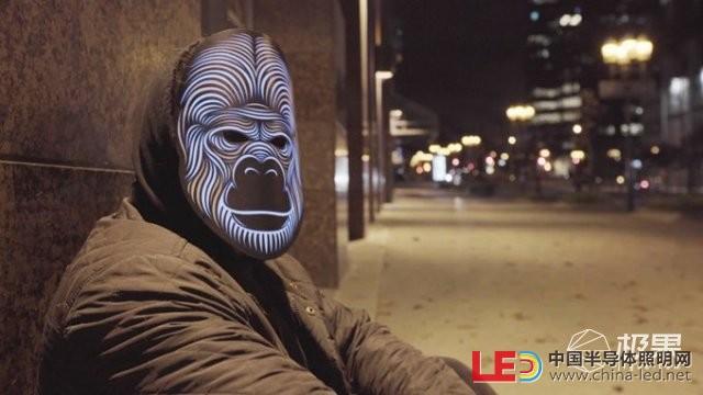 OutlineMontréal创意LED面具