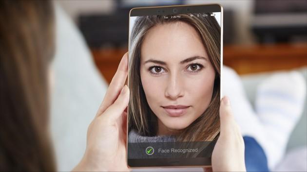 PLPVQ 940A 可用作移动设备面部识别的光源,均匀照明整个面部