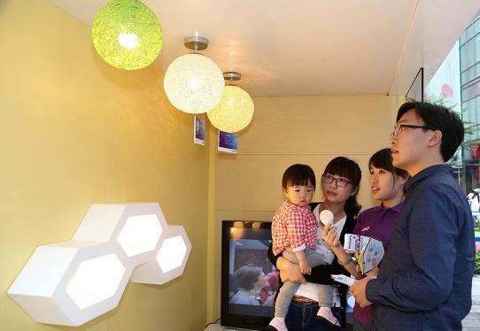 飞利浦全能led灯泡开启家用光源led时代高清图片